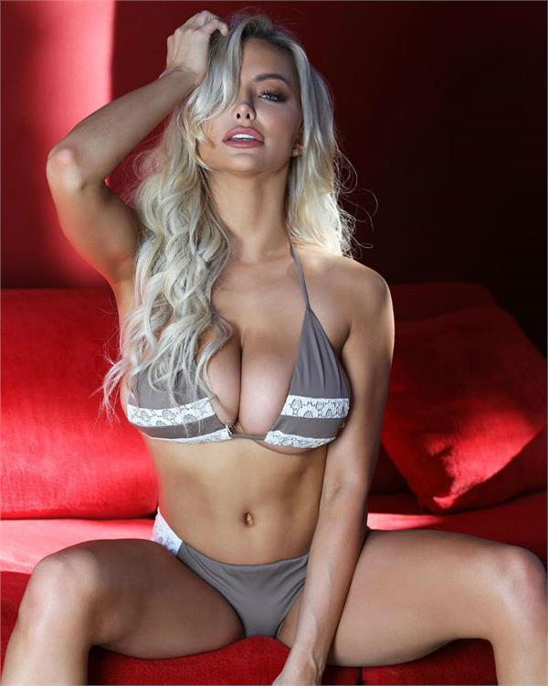 lindsey pelas bold pictures