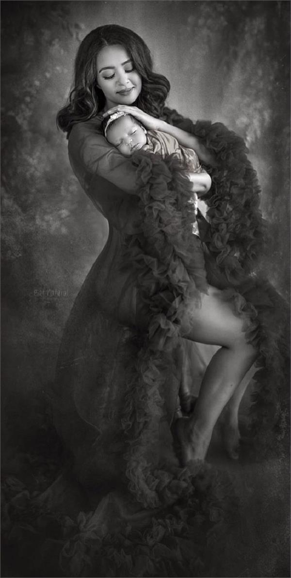 ਸੁਰਵੀਨ ਚਾਵਲਾ ਨੇ ਪਹਿਲੀ ਵਾਰ ਸ਼ੇਅਰ ਕੀਤੀ 'ਨੰਨ੍ਹੀ ਪਰੀ' ਦੀ ਤਸਵੀਰ