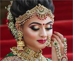 Beauty Tips: ਮੇਕਅਪ ਨੂੰ ਲੰਬੇ ਸਮੇਂ ਤੱਕ ਬਰਕਰਾਰ ਰੱਖਣ ਲਈ ਲੋਕ 'ਲਿਪਸਟਿਕ' ਸਣੇ ਅਪਣਾਓ ਇਹ ਤਰੀਕੇ