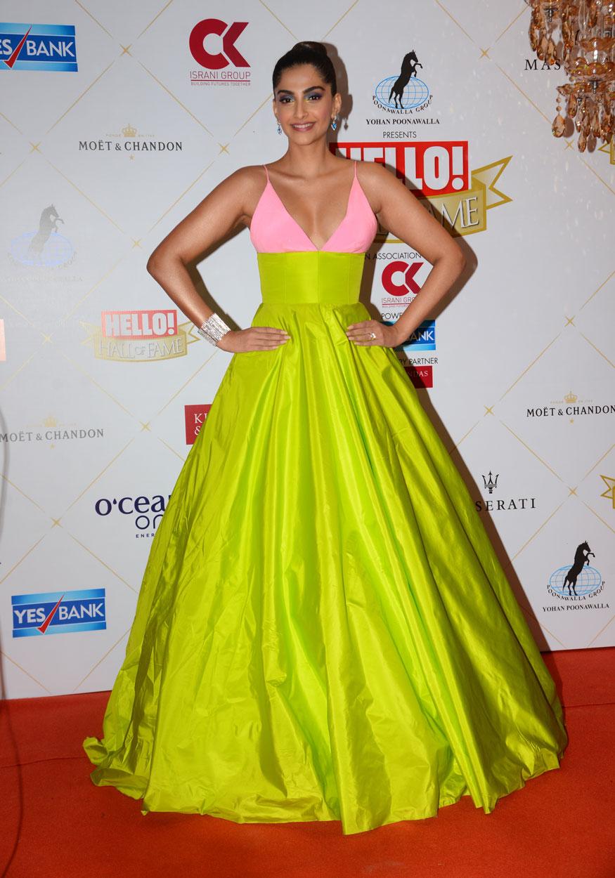 Punjabi Bollywood Tadka,Sonam Kapoor Ahuja image hd photo download,ਸੋਨਮ ਕਪੂਰ ਅਹੂਜਾ ਇਮੇਜ਼ ਐਚਡੀ ਫੋਟੋ ਡਾਊਨਲੋਡ