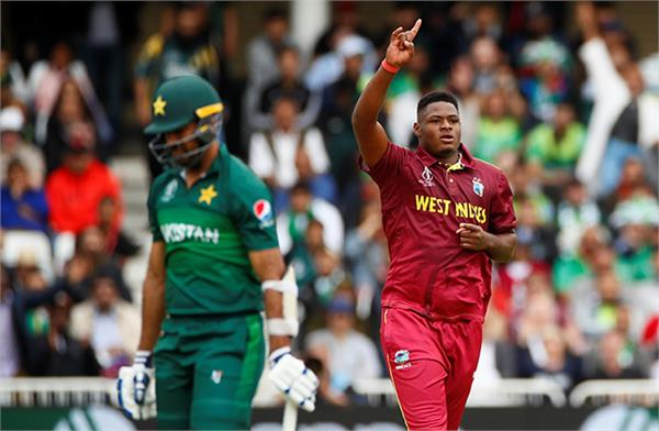 thomas gets pakistan  s 4 wickets in the first match