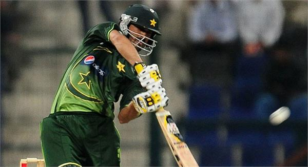 pakistan cricketer fined for breaching pcb code of conduct