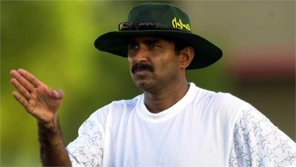 miandad demands investigation live streaming rights of psl given to bet company