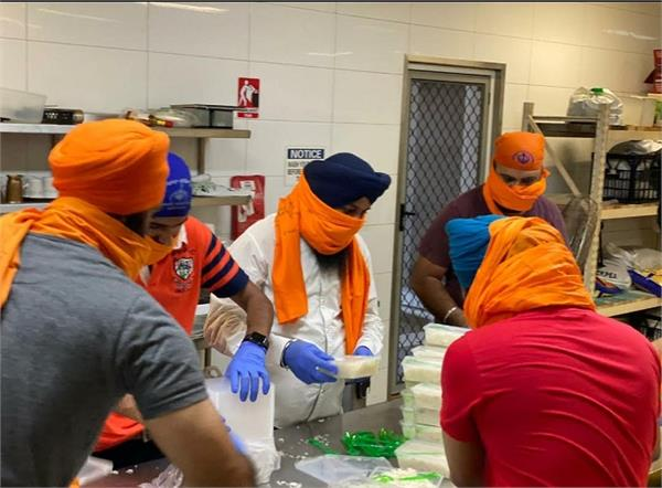brisbane gurdwara launches free food service for needy people during corona