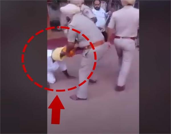 police station clash lok insaf party turban dastar beadbi viral video