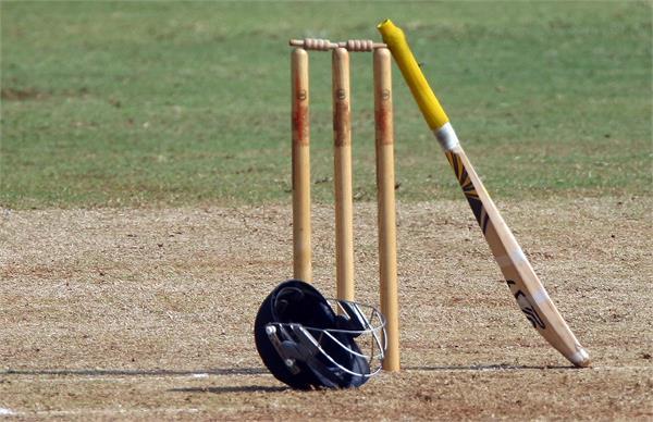 former pakistan test cricketer khalid dies
