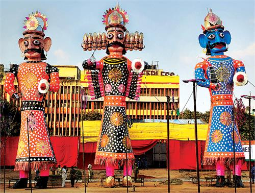 dussehra  festival  celebrated  india