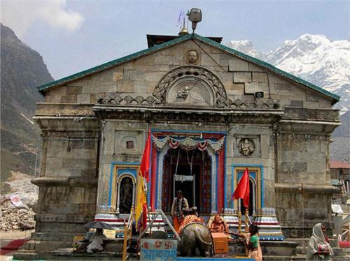 jalandhar pilgrims dedicate 56 kg silver door to kedarnath temple