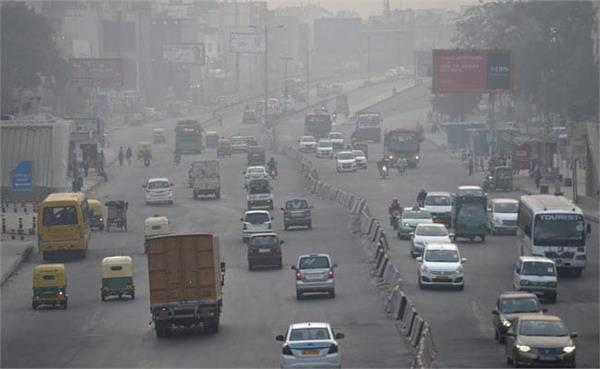 heavy and medium goods vehicles will not be allowed to enter delhi