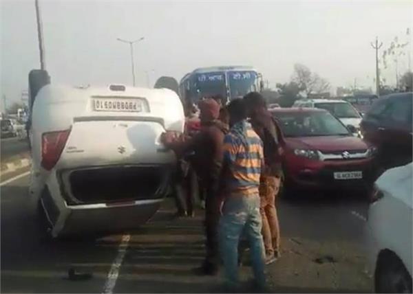 accident on jalandhar road  3 injuired