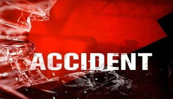 a road accident  three injured