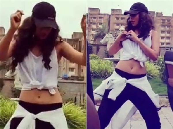 nia sharma dance video viral