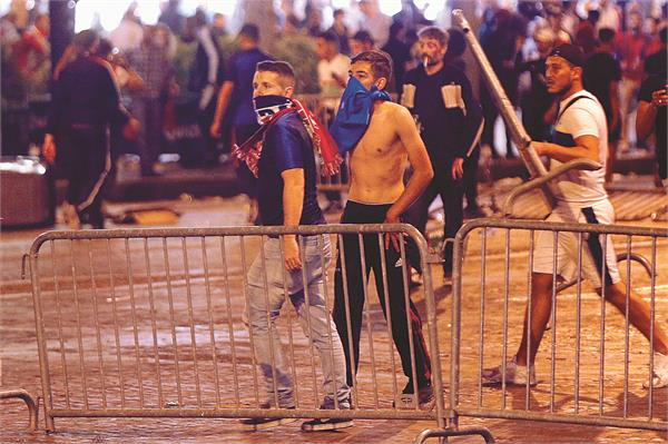 strike  27 injured in celebration of world cup victory in france