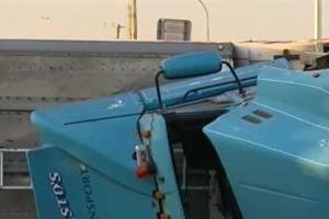 truck rollover in queensland road