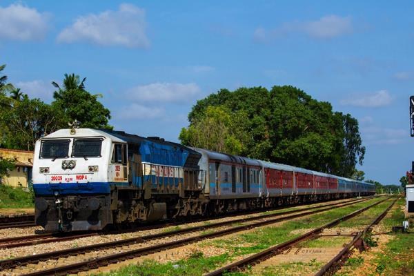 train e ticket will cost rs 10 lakh in 1 rupee insurance
