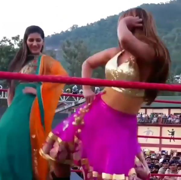 sapna choudhary hot dance