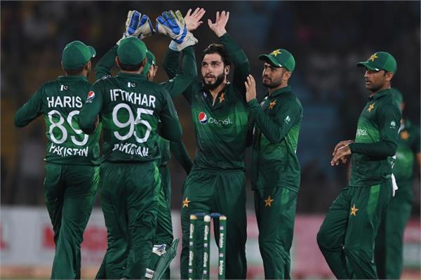 pakistan defeated sri lanka by 67 runs