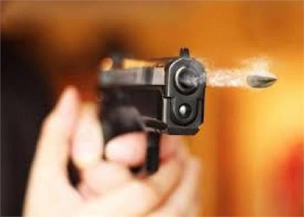 bihar bjp yuva morcha general secretary shot killed 2 injured