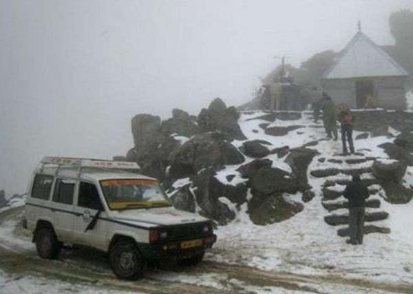 chamba 22 people entrap in snowfall sach pass