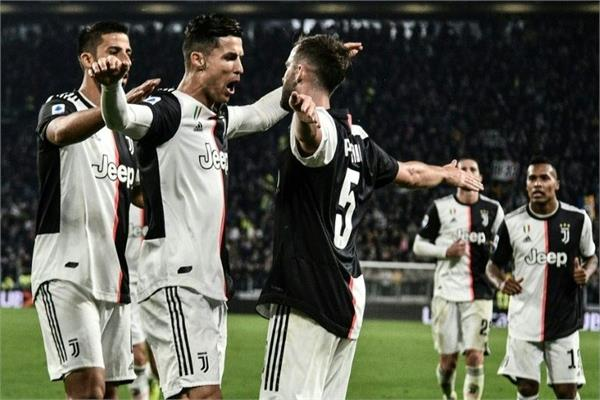 star footballer ronaldo hits 701st goal as juventus pull clear in serie a