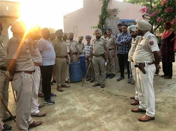 jallowal colony  police raiding