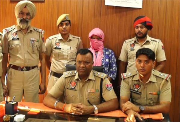 jalandhar  heroin  women arrested