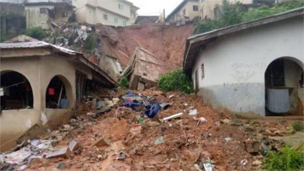 4 dead in nigeria building collapse