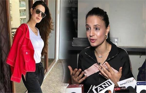 ameesha patel gets booked in indore after her cheque bounces