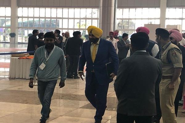 amritsar navjot singh sidhu kartarpur corridor