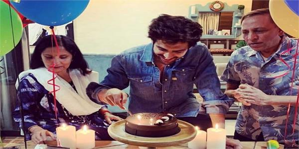 kartik aaryan birthday