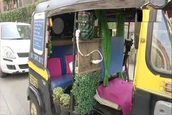 unique auto driver runs mumbai