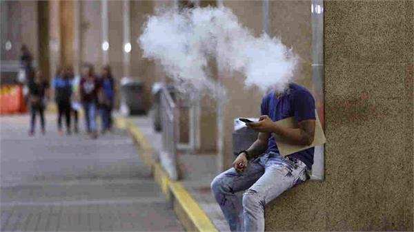 philippines president duterte orders ban on e cigarettes