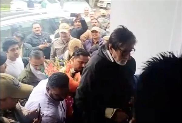bollywood star amitabh bachchan has breakfast in ropar punjab