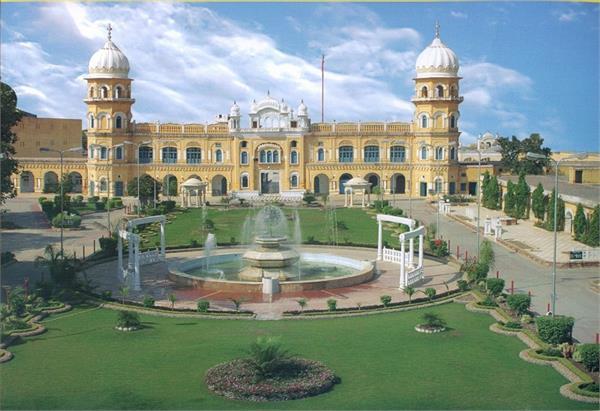mohit malik wants to go kartarpur gurudwara with her mother