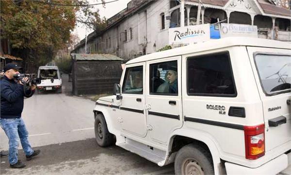 34 detained politicians in kashmir shift from centaur hotel to mla hostel