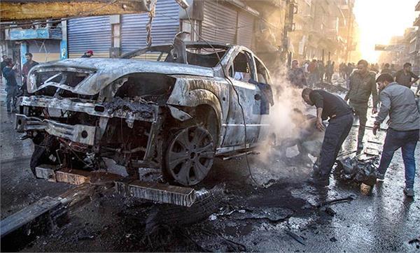 syria car bomb blast kills 19  injures 33