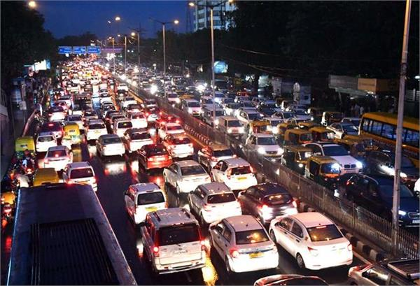 passenger vehicle retail sales jump 11  in october on festive demand  fada