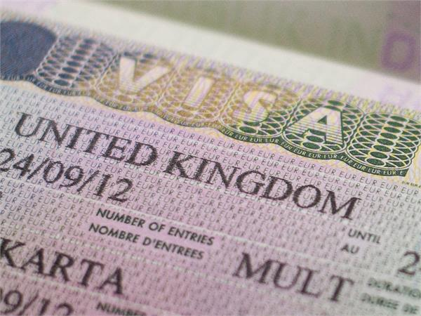 britain will give doctors and nurses visas in just 2 weeks