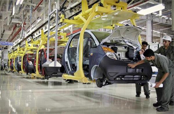 tata will close production of nano car at sanand plant