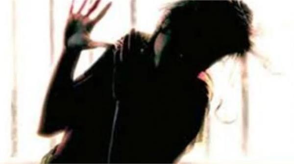 karnataka  9 year old girl in gulbarga murdered after rape