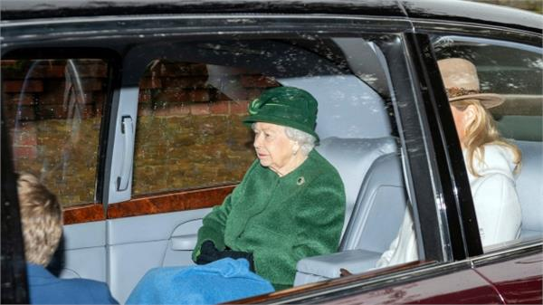 church of britain  s queen  s husband arrives in prayer for recovery