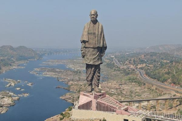statue of unity breaks statue of liberty record