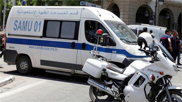 tunisia bus accident kills 20 injures 21