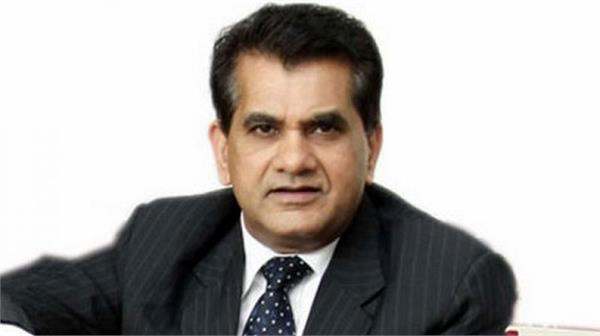 there should be no road tax on electric vehicles  says amitabh kant