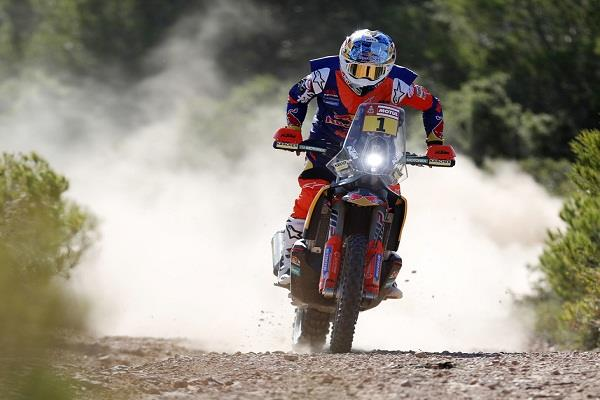 mena and rodriguez dakar rally in the 5th round