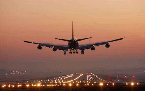 desi and foreign airlines drop fares to attract flyers