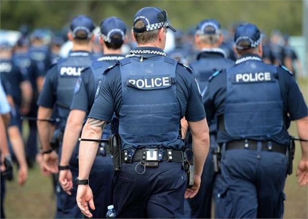 australian police  convicted