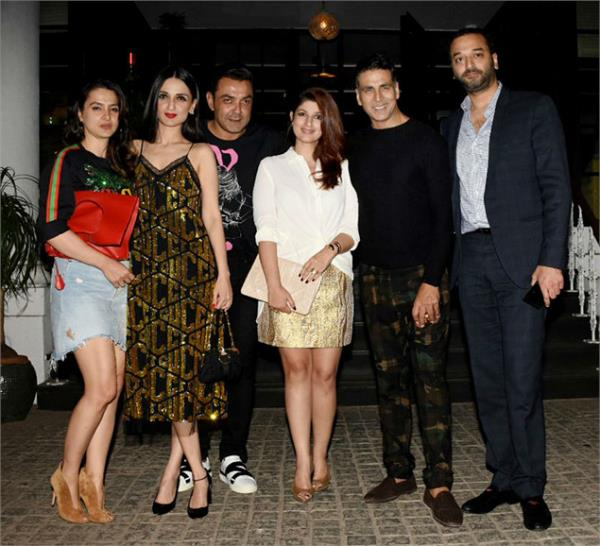 akshay kumar and twinkle khanna wedding anniversary