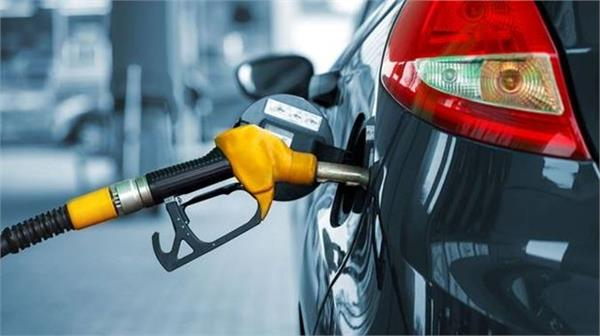 petrol prices to reduce by rs 5 and diesel by rs 1