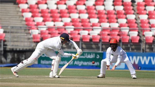 murtagh half century  ireland made 172 runs
